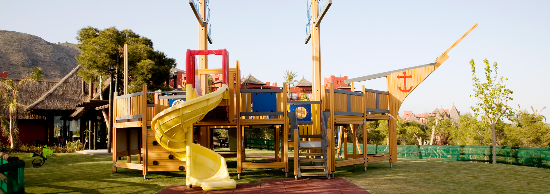 5 star resorts in Spain - Family Kid´s Club | Asia Gardens Hotel