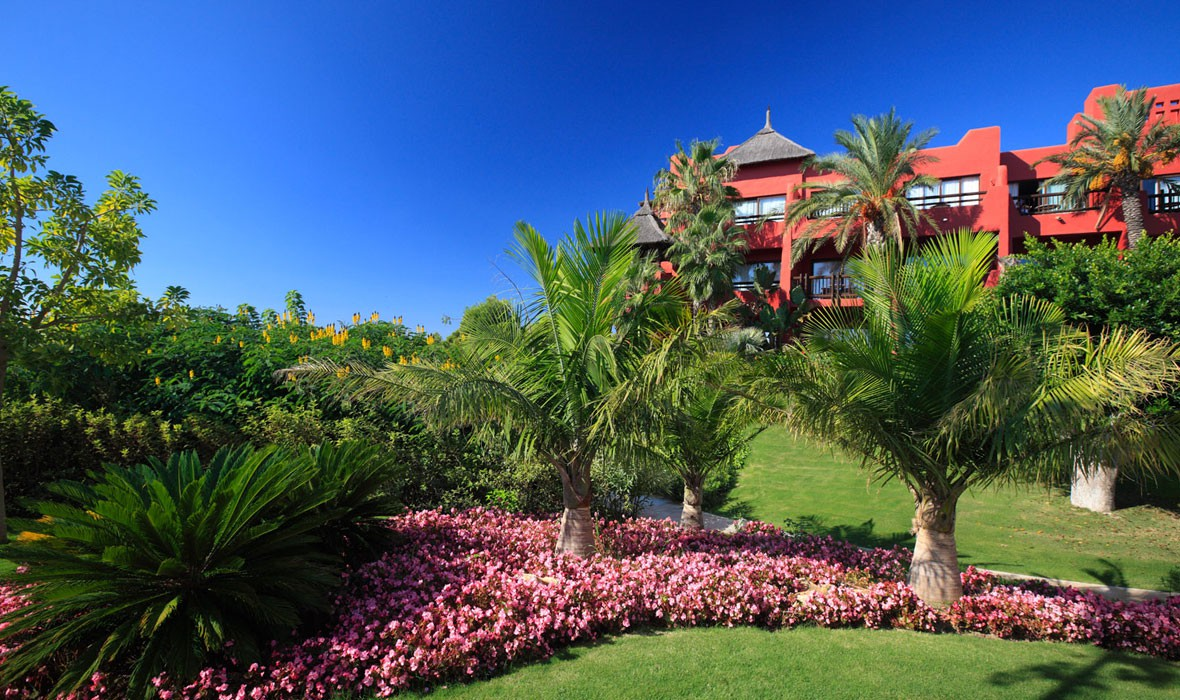 Asia Gardens Hotel And Spa